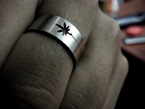 Weed Ring